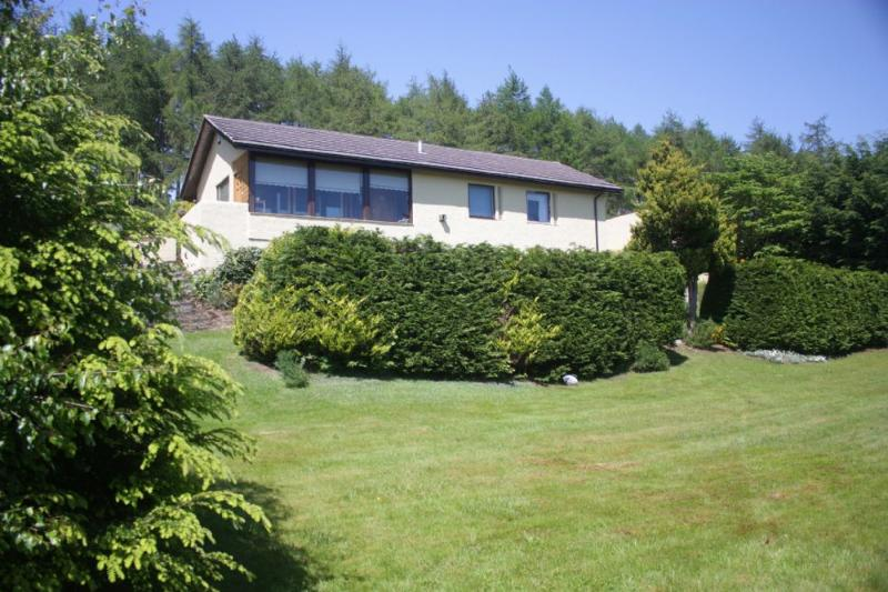 Achnacarry Cottage, vacation rental in Tain