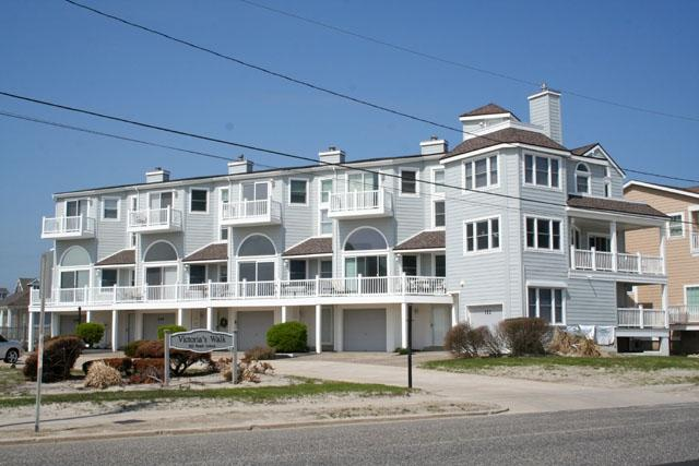 Condo with Pool 30850, holiday rental in Cape May