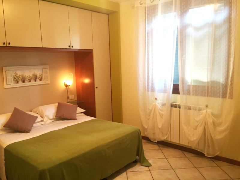 Romantic apartment very near Venice, vacation rental in Mira