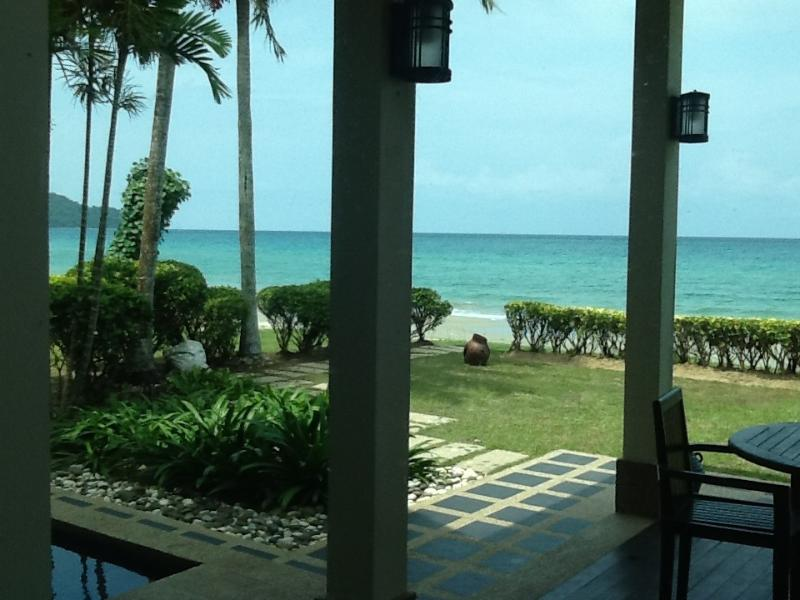 Beachfront Self-catering PoolVillas, holiday rental in Sabah