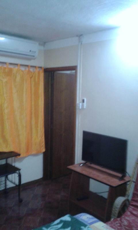 studio for rent ( 1min walk to the beach), holiday rental in Pereybere