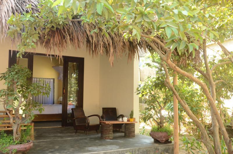 Sunny room near the beach, alquiler vacacional en Hoi An