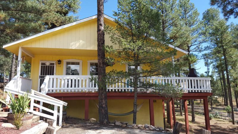 Sunshine Mountain Cabin, vacation rental in Ruidoso