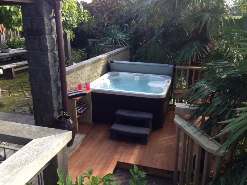 Spa Pool including massage chairs. It has a relaxing water view. Towels provided