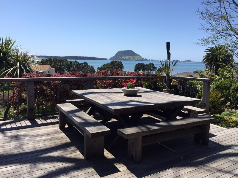 Optional Dinning area with harbour views