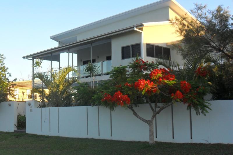 RiverView Luxury Apartments, casa vacanza a Burrum Heads