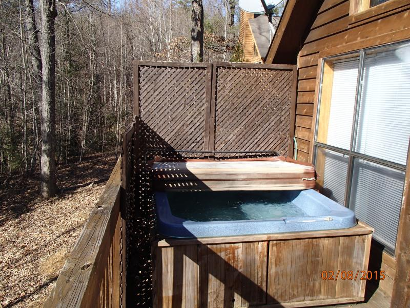 Private balcony for enjoying the hot tub