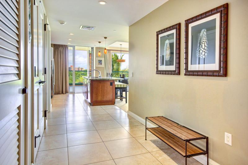 Welcome to our vacation home!   This is entry way with access to washer/dryer and beach closet!