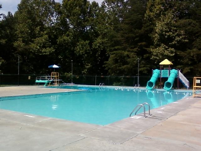 Blue Ridge has a community pool