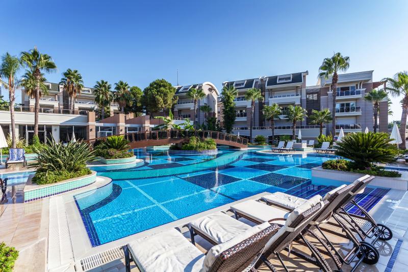 Desenvolvimento exclusivo de casas de férias particulares