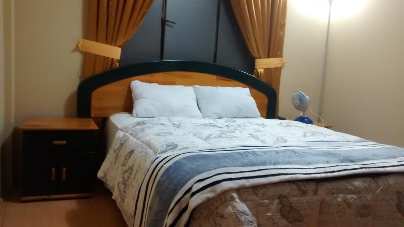 Acogedora habitacion matrimonial a 3 minutos del aeropuerto Internacional Jorge Chavez