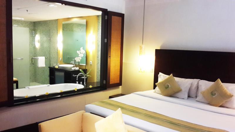 3 Bedrooms Spacious Apartment in Nusa Dua, vacation rental in Nusa Dua
