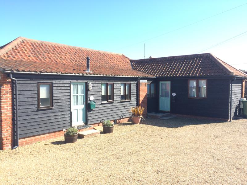 Adelaide and Rowena Cottages, can be booked together.