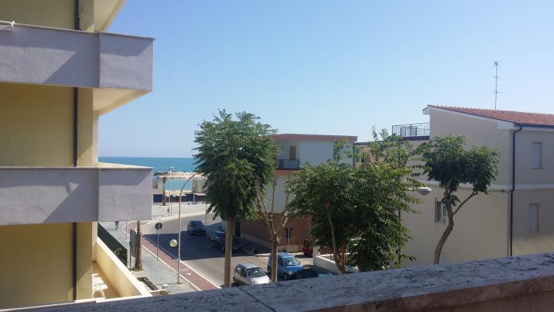 Appartam. Francavilla al mare, location de vacances à Francavilla Al Mare