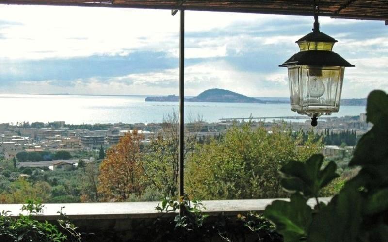 A FORMIA 'APPARTAMENTO  MARILY' in Villa, holiday rental in Castellonorato