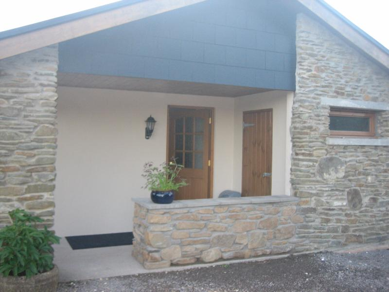 The Stables, holiday rental in Blackmill