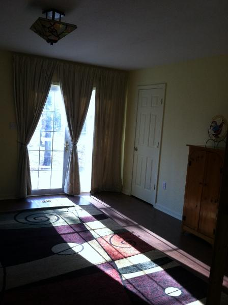 Quiet, Comfortable and Serene Private Home, holiday rental in Pencil Bluff