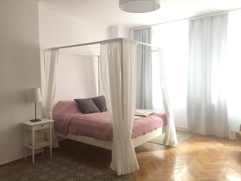 B&B Wiejska, vacation rental in Warsaw