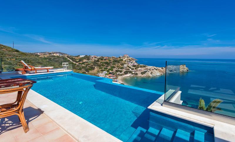 Villa Lygaria, vacation rental in Agia Pelagia
