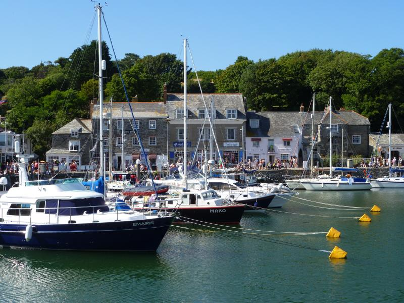 Obby Oss -  Apartment No.1, holiday rental in Padstow