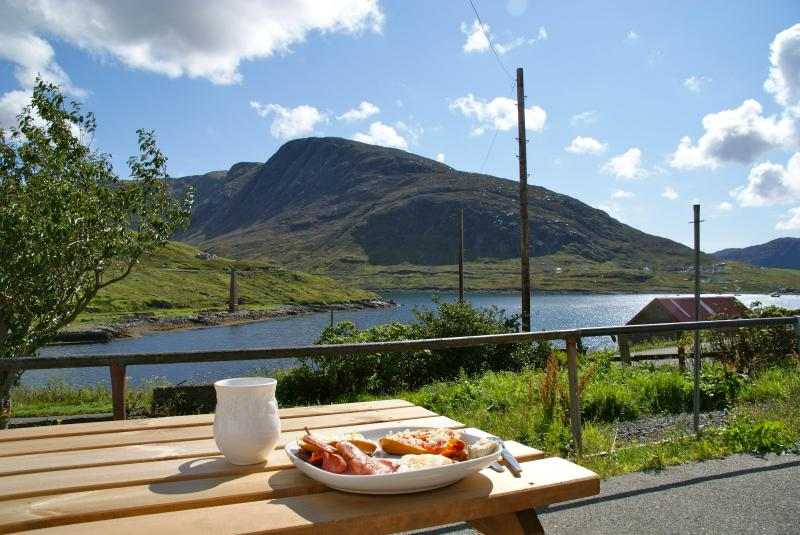 Breakfast on the patio at Greenbank Cottage.