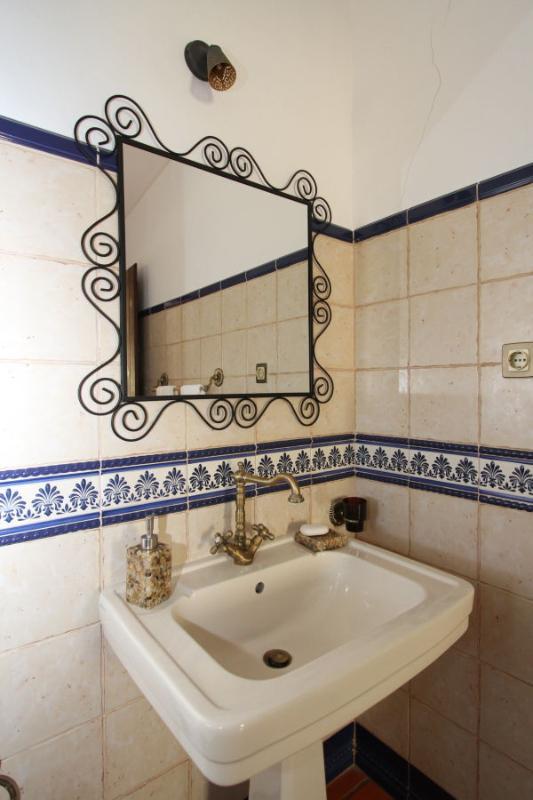 'Quarto da Papoila' - 'Poppy slaapkamer', eigen badkamer met douche.