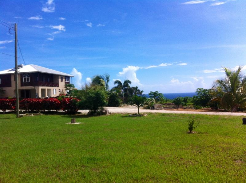 Drive in to seclusion and privacy on the farm!