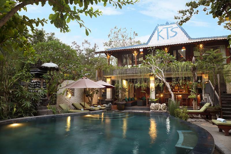 KTS.Pool Bar