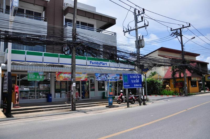 convenience store 20 meter from accommodation
