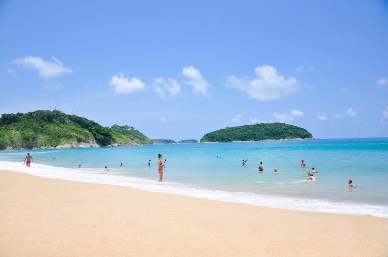 Nai Narn Beach Phuket  2 Km.to beach