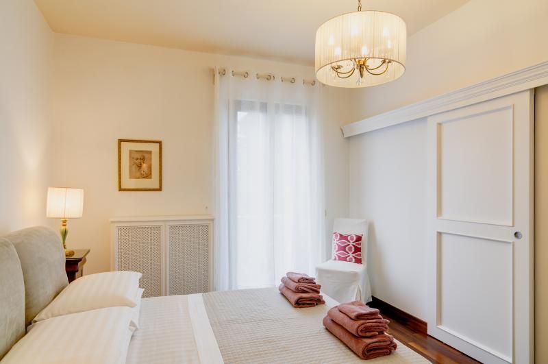 Mecenatesuite 69  stylish apartment in Villa, location de vacances à Arezzo