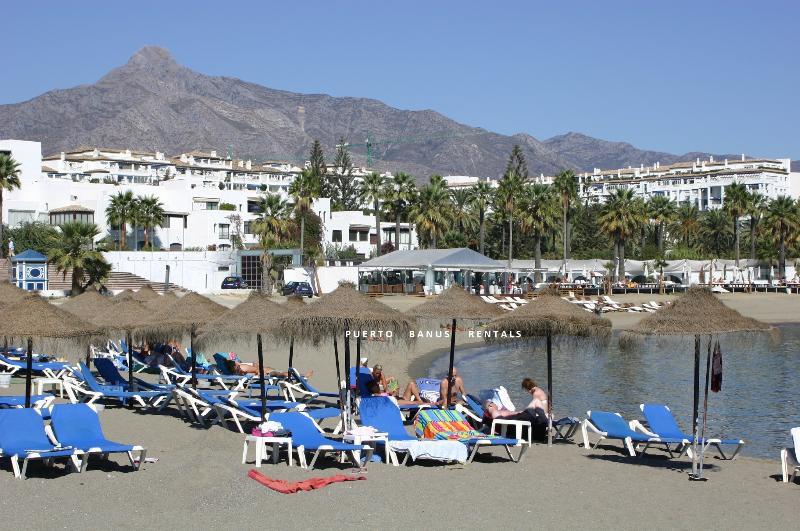 Playas del Duque - Em frente à praia, praias com Bandeira Azul de areia em Puerto Banus
