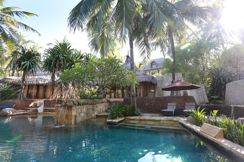 Garden Pool Villas at Novotel Lombok, holiday rental in Jerowaru