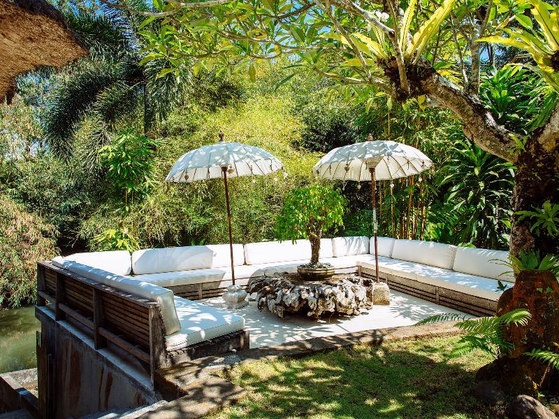 Villa Maya Retreat - Jardim sala de estar