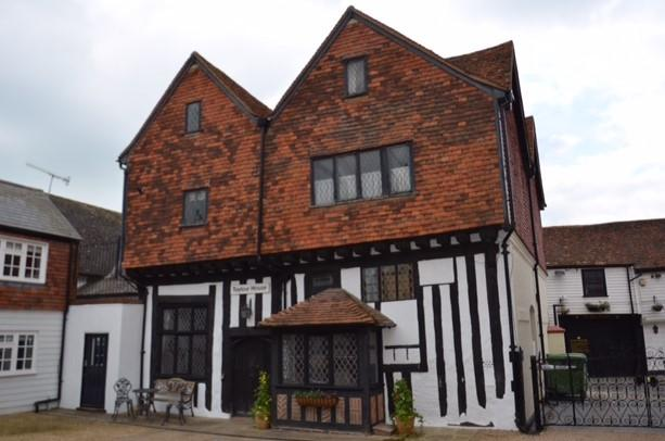 Stunning Medieval Timber framed House, Grade II*, holiday rental in Sevenoaks