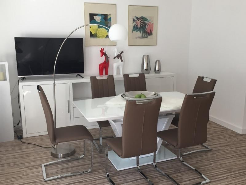 Messe  Business Stylish Luxury 2 Bedroom Apartment, WIFI, vacation rental in Dreieich