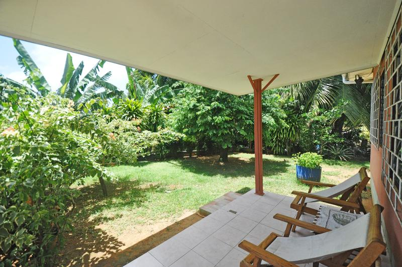 Verandha with garden view