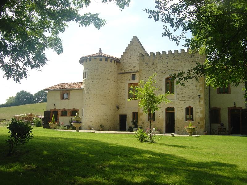 Domaine du Val de Soux chambre Pyrène, aluguéis de temporada em Salies-du-Salat