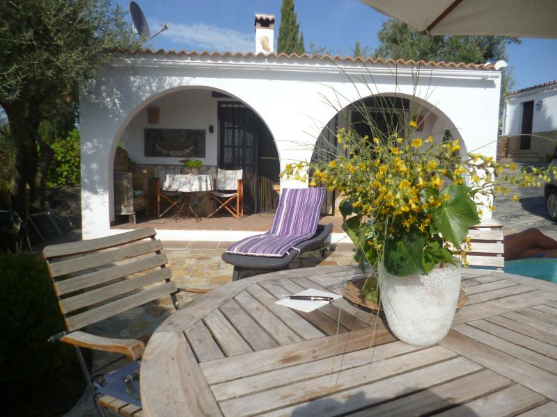 nice guesthouse for 2 to 4 persons with magnificent views 8 km from the sea