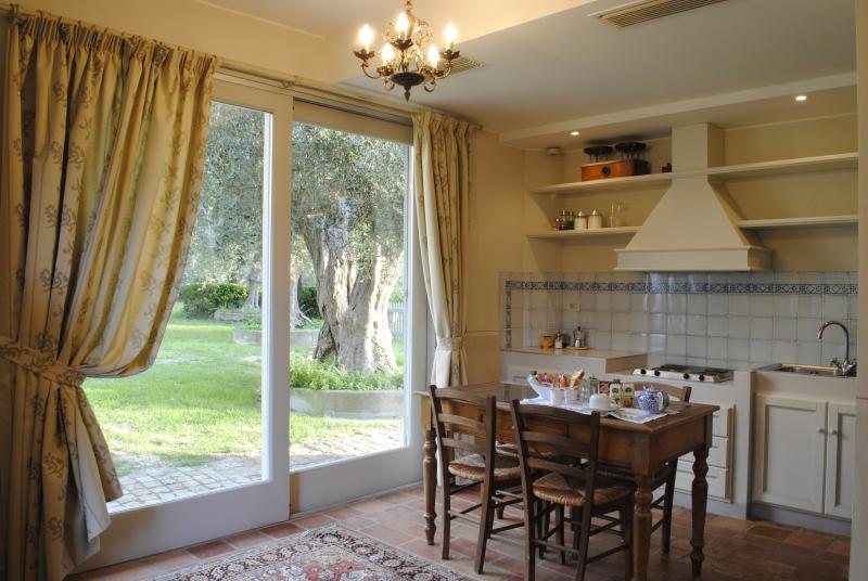 Il Pignocco Country House-ein-Zimmer-Wohnung Diana-Küche