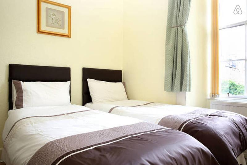 twin bedroom with two single beds or link together become a king size double bed