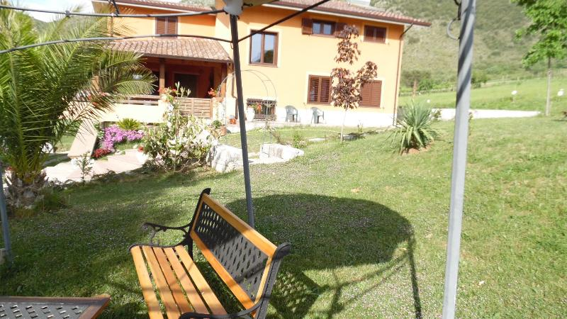 Bedandbreakfast L'Aurora, holiday rental in Castelluccio Superiore