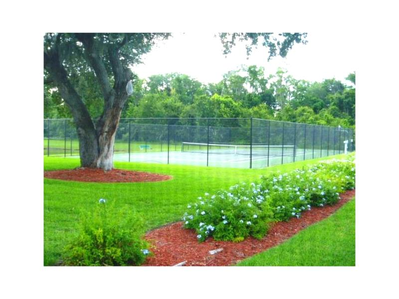 Cancha de tenis / Cancha de tenis - ComprandoViajes