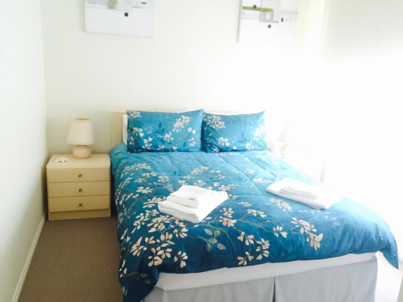 Joyce Beachside Escape Rosebud, vacation rental in McCrae
