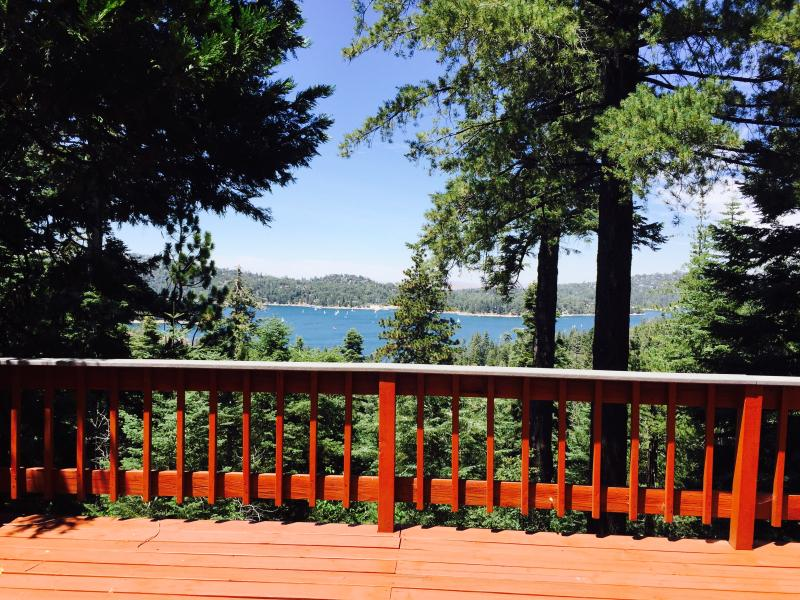 Expansive views can be admired from either of the 2 spacious decks.
