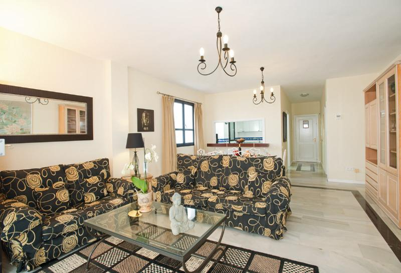 Luxuriously furnished and decorated lounge. Flat screen Satellite TV, WiFi throughout, free parking,