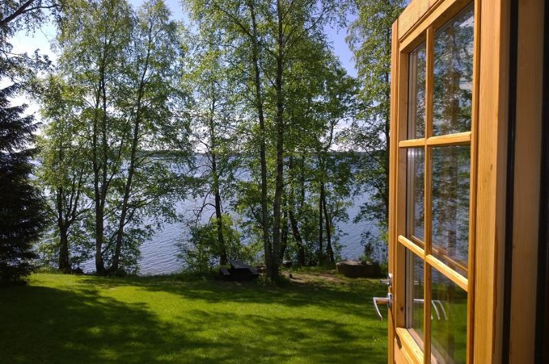 De véranda, vue sur le lac