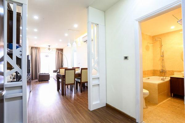 Poonsa 2-bedroom, 1-bedroom Apartments Hanoi, vacation rental in Hanoi