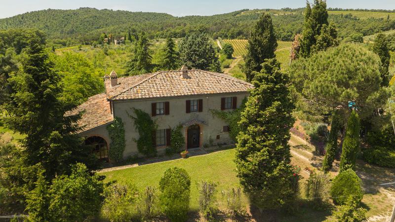 Agriturismo Villa Panorama - 8 posti letto - Villa esclusiva - Siena, holiday rental in Scrofiano