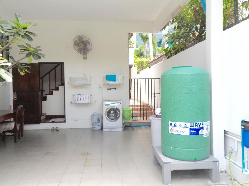 LUXURY SERVICED HOUSE CITY CENTRE, alquiler de vacaciones en Bangkok